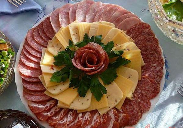 Пошаговая нарезка колбасы 33
